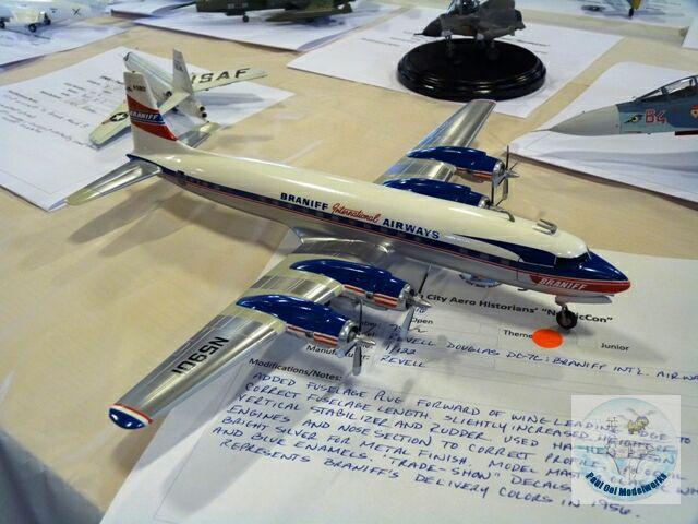 Braniff DC-7C